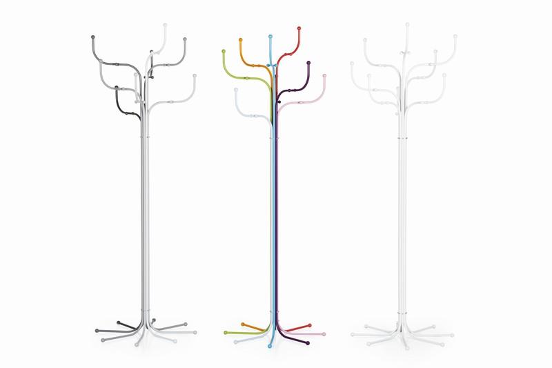 Hang loose / Sidse Werner's coat tree