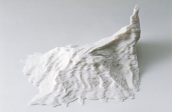 Paper slivers / Noriko Ambe