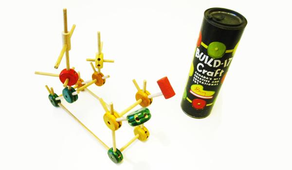 """Toy memories / Craft 'Built-it"""""""